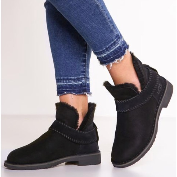 d6a9467c702 NEW • Ugg • McKay Ankle Boots Black Wool 10 NWT